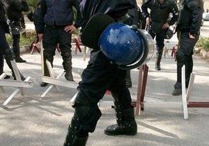 В Алжире смертник взорвал казармы спецназа