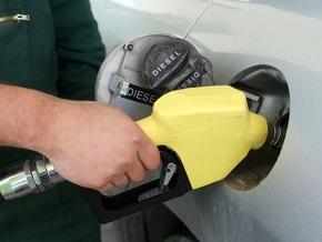 Из-за падения гривны в Украине может подорожать  бензин