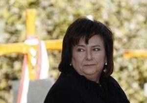 Первая леди Польши не может вылететь домой из Витебска