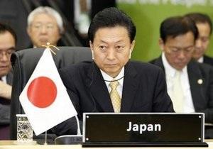 Решение о переносе базы морпехов на Окинаве привели к расколу правящей коалиции Японии