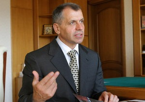 Крымский спикер: Нас раздражает, что министры обращаются к нам на украинском языке