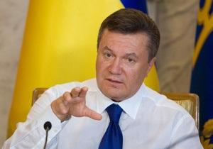 Янукович попросил Добкина уберечь от огня снаряды с фосфорными боеголовками
