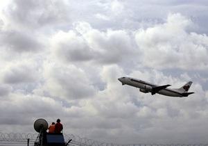 Самолет, летевший из Торонто в Цюрих, попал в зону турбулентности: 15 пострадавших