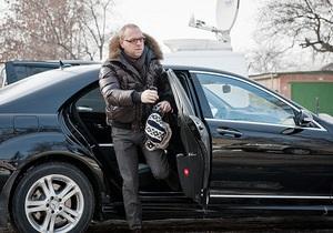 Власенко заявил, что охранники перекрыли ему вход в колонию и предупредили, что будут стрелять