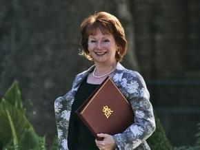 Четыре британских министра подают в отставку
