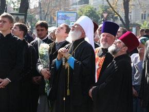 Медиа-профсоюз просит главу УПЦ МП объяснить, почему священники проклинают журналистов