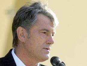 Ющенко о кризисе: Никто не будет бросать танки