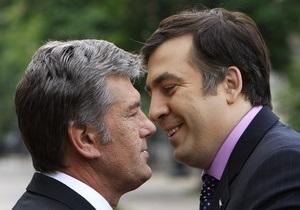 Ющенко прокомментировал поражение своего кума Саакашвили на выборах в Грузии