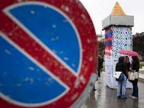 В знак протеста швейцарские мусульмане соорудили бумажный минарет