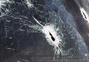 В Черновицкой области неизвестные открыли стрельбу в универмаге: ранены два депутата