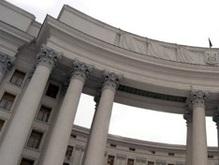 МИД: Интеграция Украины в НАТО не влечет визовый режим с Россией