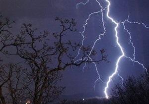 В Одесской области мужчина погиб от удара молнии