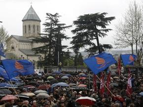 Несколько членов правящей партии Грузии присоединились к оппозиции