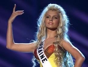 Фотогалерея: Участницы Мисс Вселенная-2009 в вечерних платьях