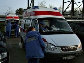 В России водитель Hyundai у пешеходного перехода насмерть сбил мужчину с сыном