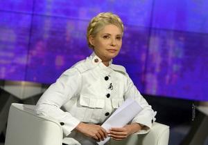 Тимошенко заявила, что должна читать по 4 тысячи страниц дела ежедневно - днем и ночью