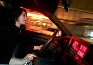Бродский предложил ввести уголовную ответственность за покупку водительского удостоверения
