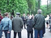 На Троещине протестуют против строительства двух высоток