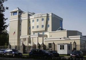 В Минске задержаны шесть человек, подозреваемых в нападении на посольство РФ