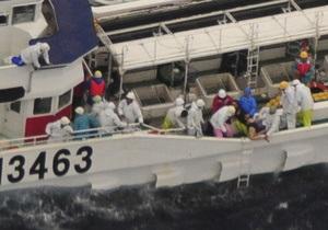 В Японии при столкновении траулера с сухогрузом 13 человек пропали без вести