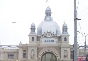 Во Львове задержали злоумышленника, который  сообщил о заминировании вокзала и рынка