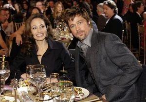 СМИ: Дети уговорили Джоли и Питта пожениться