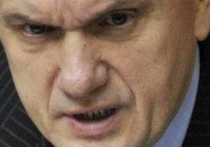 Литвин объяснил, почему вступление в действие антикоррупционных законов снова отсрочено