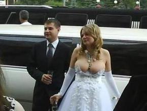 Daily Telegraph: Свадебное платье россиянки стало веб-сенсацией