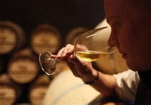 Роспотребнадзор заявил, что импорт молдавского вина никто не запрещал