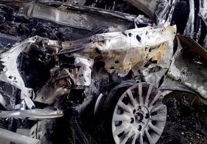В Киеве на Оболони горел Porsche. МЧС рассматривает версию поджога