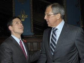 Глава МИД Британии впервые за пять лет прибыл в Россию