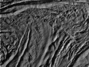 Сегодня зонд NASA впервые приблизится к Энцеладу на расстояние 25 километров
