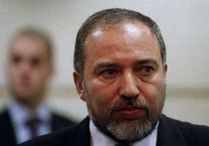 Глава МИД Израиля провел три часа на допросе в полиции