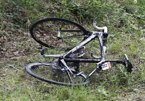 В Херсонской области пьяный водитель насмерть сбил велосипедиста и его пассажира
