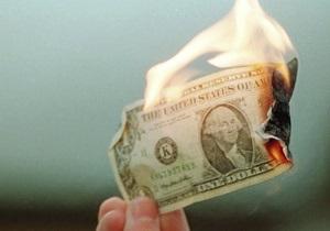 Межбанк - курс гривны к доллару - Доллар ввязался в схватку с гривной на фоне плавно тонущего евро