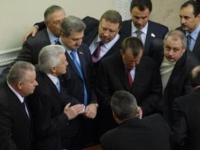 Литвин предложил Раде принять законопроект о соцстандартах своей политсилы