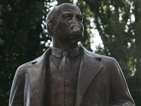 Шухевич готов сесть в тюрьму вместе с повредившими памятник Ленину