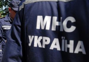 В Черниговской области отец сбросил в колодец двух своих сыновей, которые мешали ему отдыхать