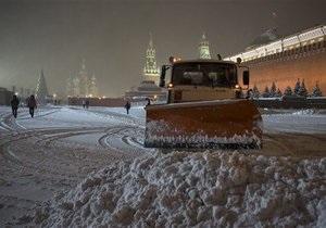 Москва остановилась в многокилометровых пробках: в столице и области выпало более трети месячной нормы осадков