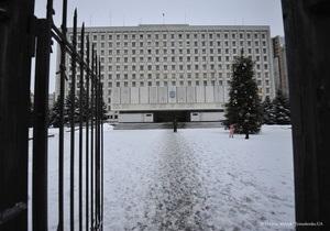 Дата парламентских выборов: ЦИК обвинил КС в бездеятельности
