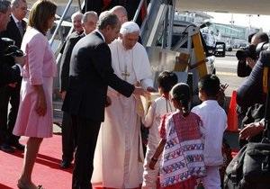 Тысячи мексиканцев приехали приветствовать Папу Римского