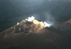 Извержение вулкана на юге-западе Колумбии стало причиной эвакуации более 8 тыс. человек