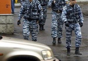 В Москве задержали устроившего стрельбу из автомобиля свадебного кортежа