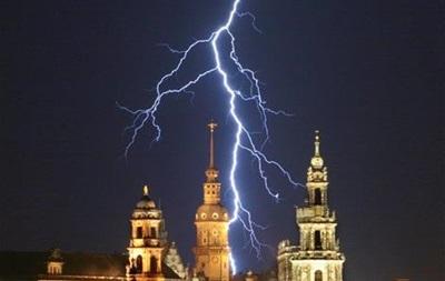 Шаманы 21-го века. Метеорологи научились предугадывать погоду по вспышкам молний