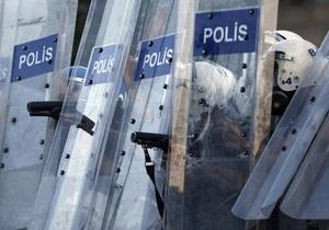 В Стамбул переброшены отряды полицейского спецназа