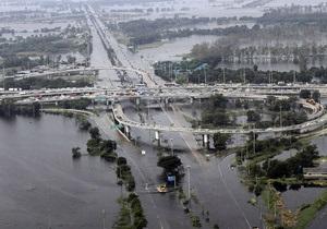 Сильнейшее за полвека наводнение в Таиланде: основной приток воды ожидается завтра