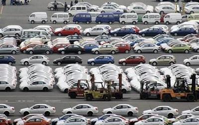 На фоне обвала продаж новых авто украинцы стали гораздо чаще покупать подержанные иномарки