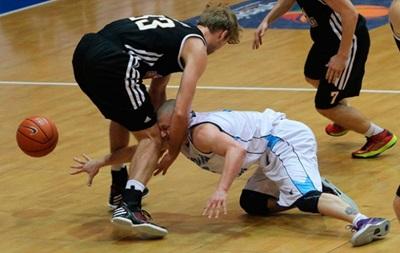 Суперлига: Донецк продолжает победную серию