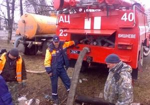 Паводок - погода - наводнение - потоп - В Украине остаются подтопленными 12 населенных пунктов