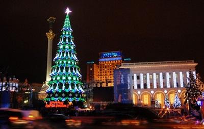 И целой зарплаты мало: исследование выявило, сколько украинцы потратят на новогодние праздники